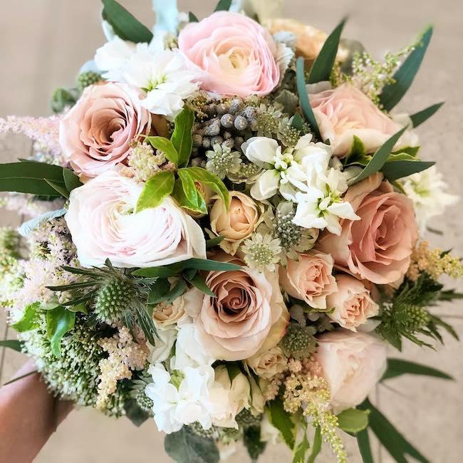 bouquet flowers aura design
